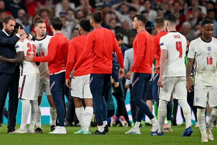 Football fans racially misuse Black England players, once more - Hi Africa News   Latest & Current News - Entertainment, Music, Business, Politics  and Sports